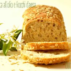 Pane in cassetta all'olio e fiocchi d'avena2