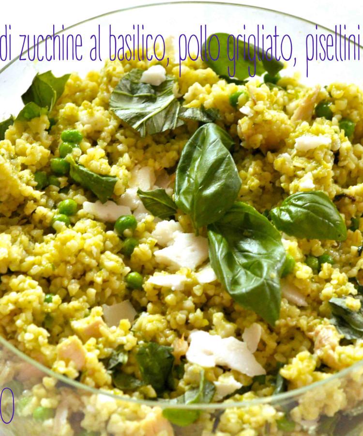 Bulgur con crema di zucchine al basilico, pollo grigliato, pisellini e toma di capra