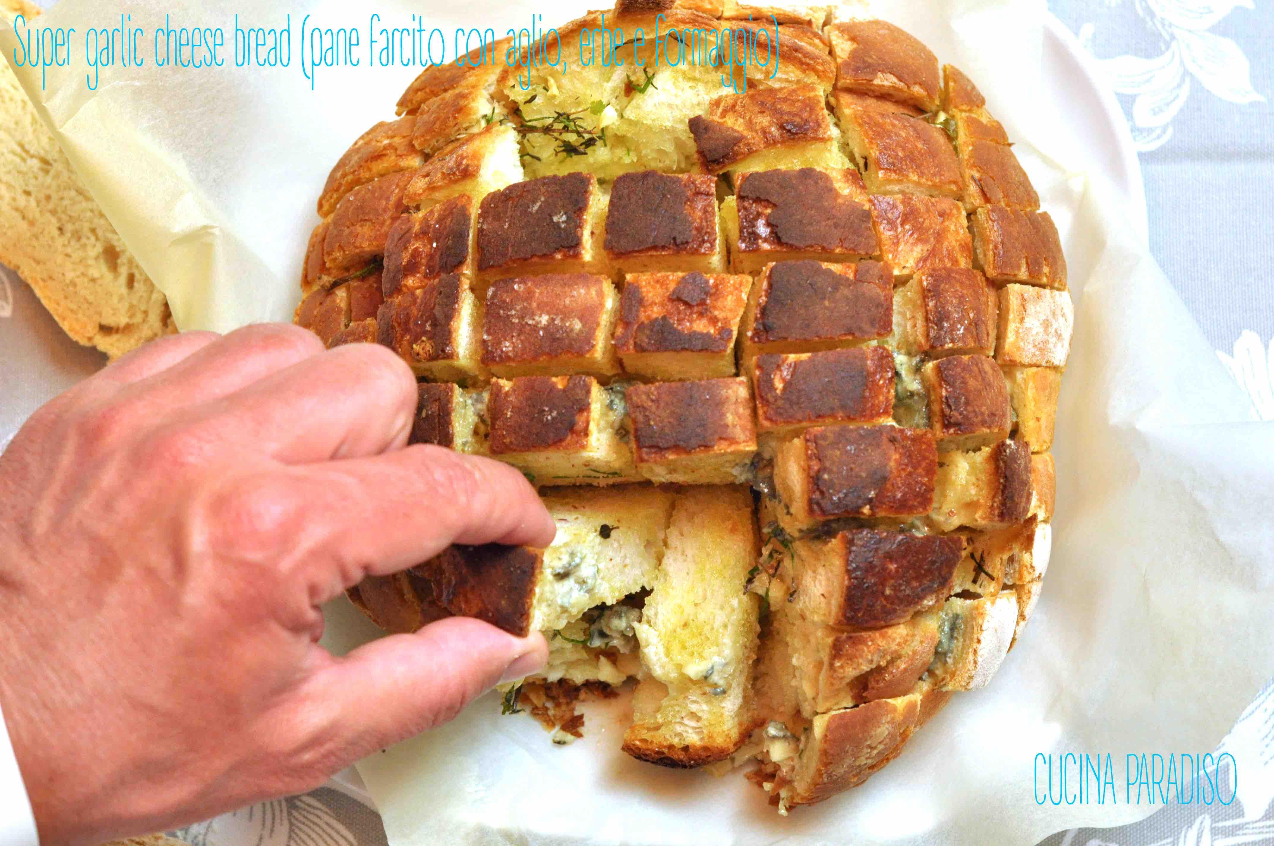 Super garlic cheese bread (pane farcito con aglio, erbe e formaggio)  2