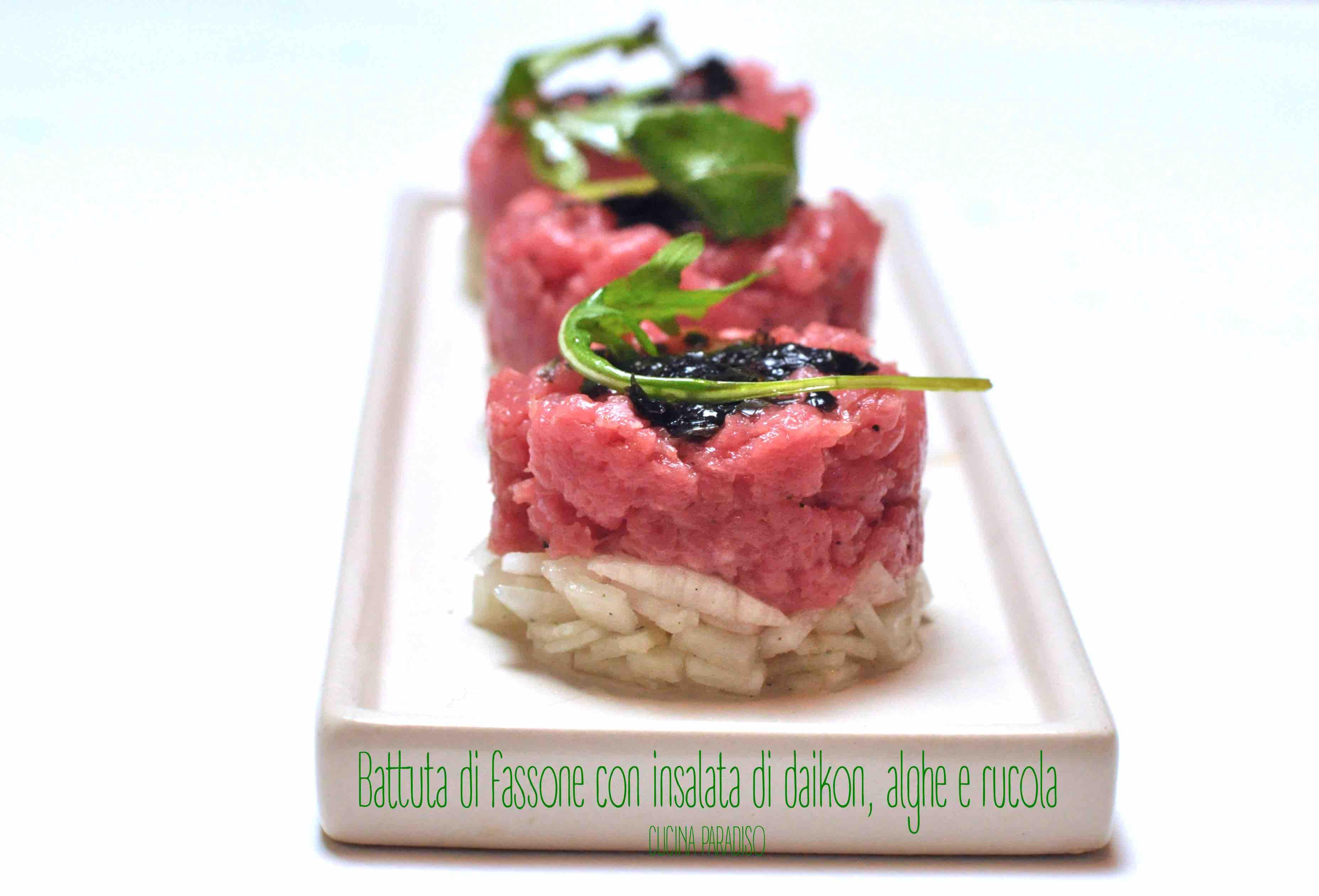 Battuta di fassone con insalata di daikon, alghe e rucola2