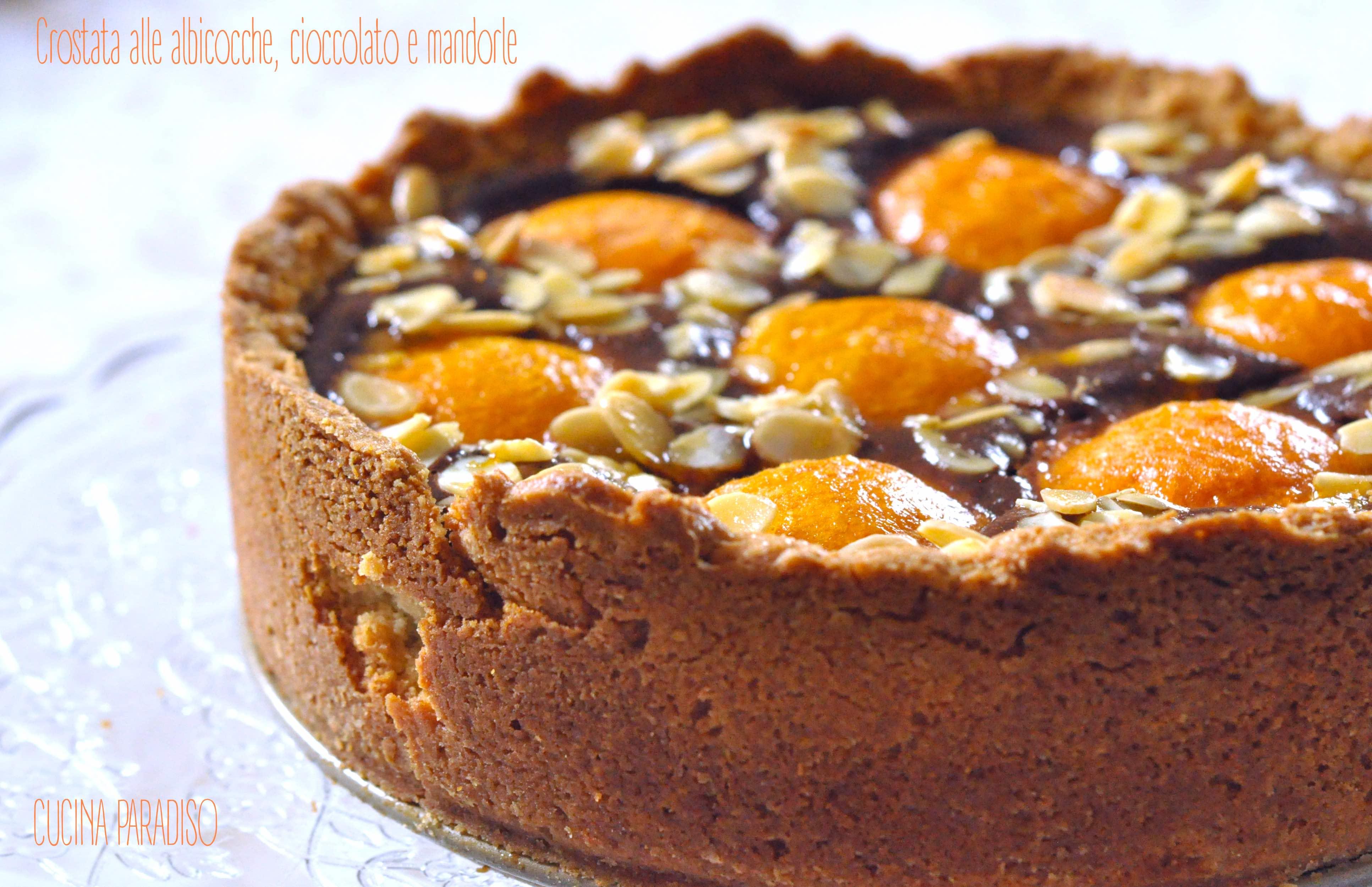 Crostata alle albicocche, cioccolato e mandorle2