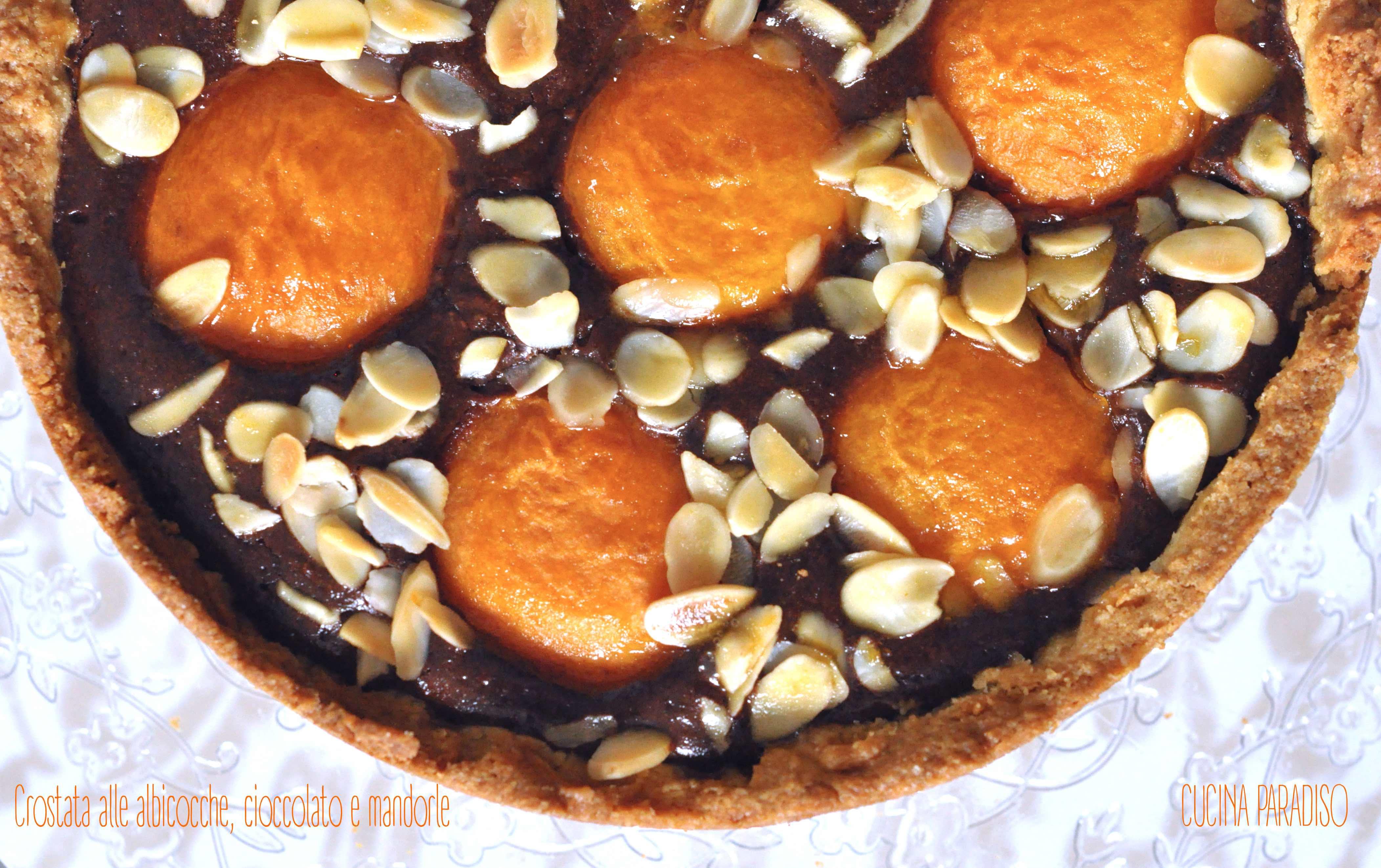 Crostata alle albicocche, cioccolato e mandorle3