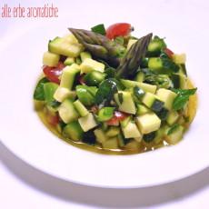 Tartare di verdure estive alle erbe aromatiche