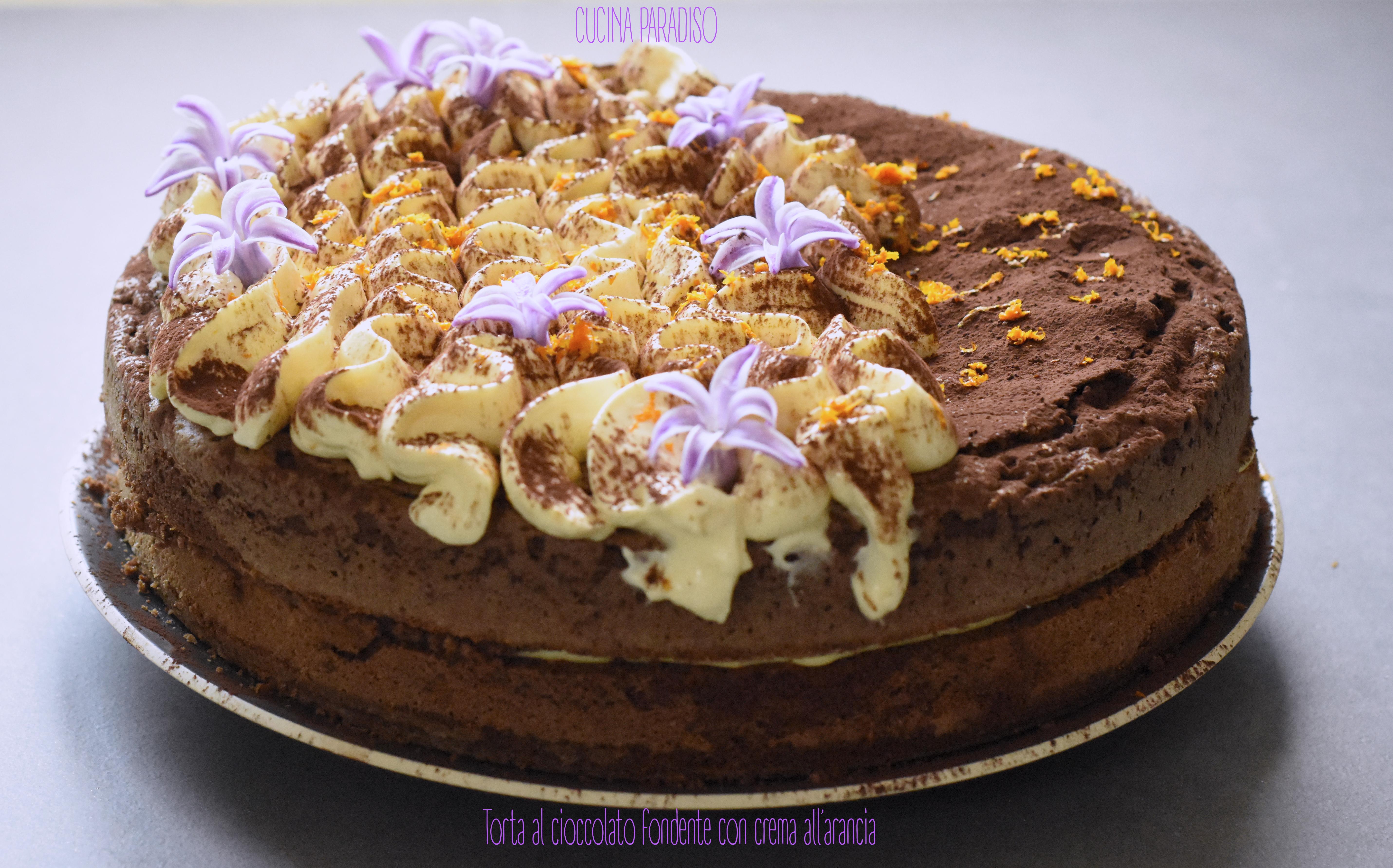 Torta al cioccolato fondente con crema all'arancia3