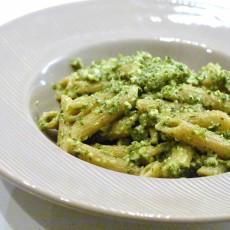 Pesto di foglie di sedano e anacardi2