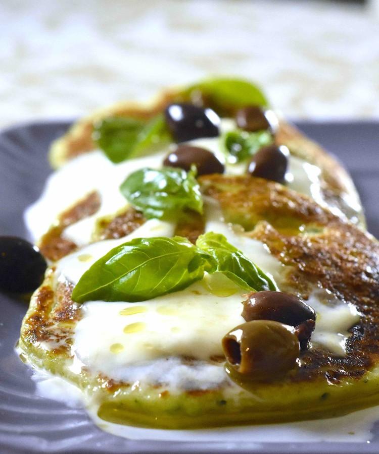 Pancake alle zucchine con stracchino e olive taggiasche2